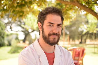 Dr. Alberto García Garrido